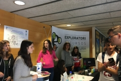 Stand working with science in Fira del Coneixement